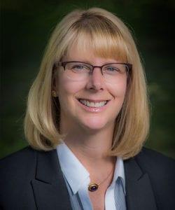 Julie Glosner Headshot